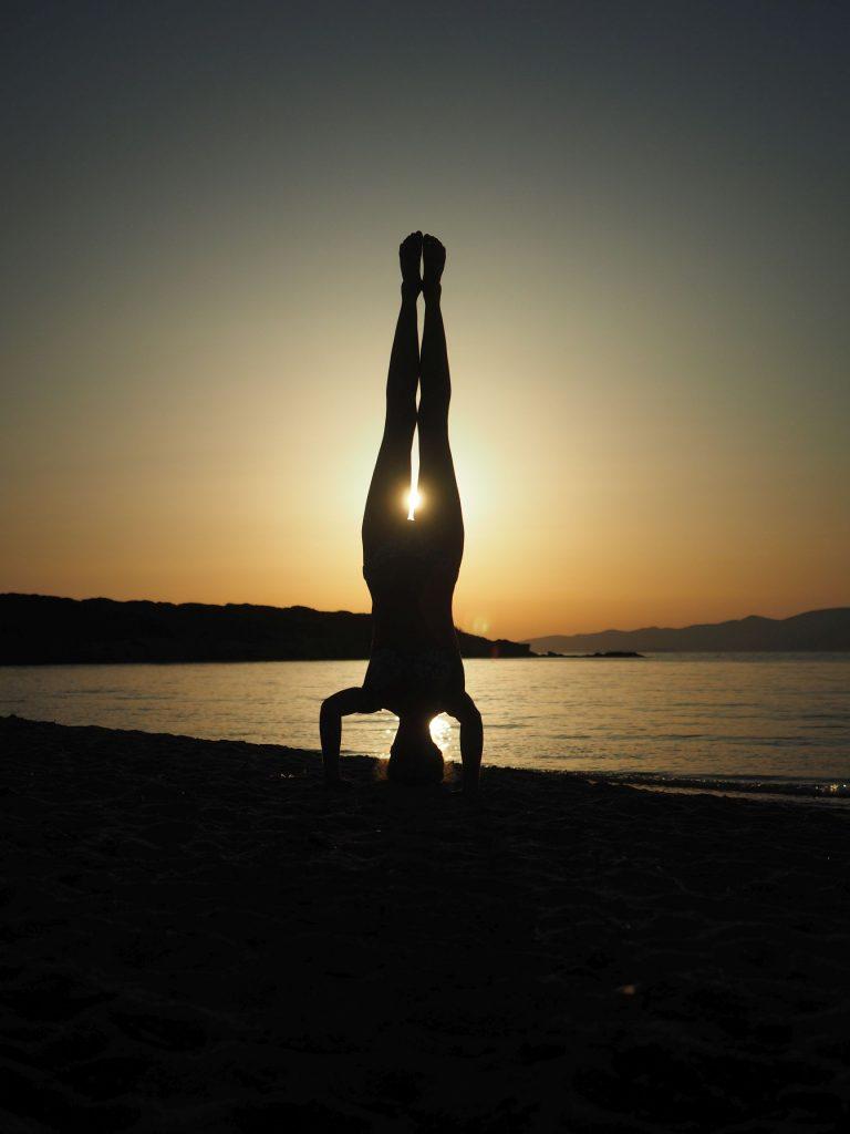 Kopfstand Yogahaltung
